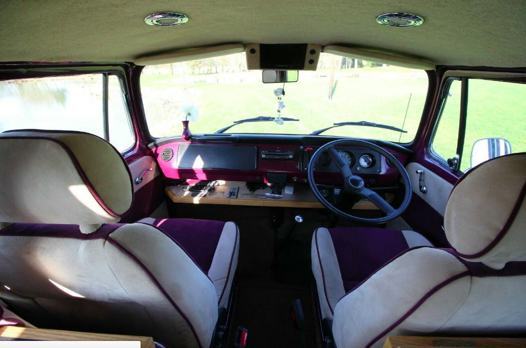 VW Palomino front seats