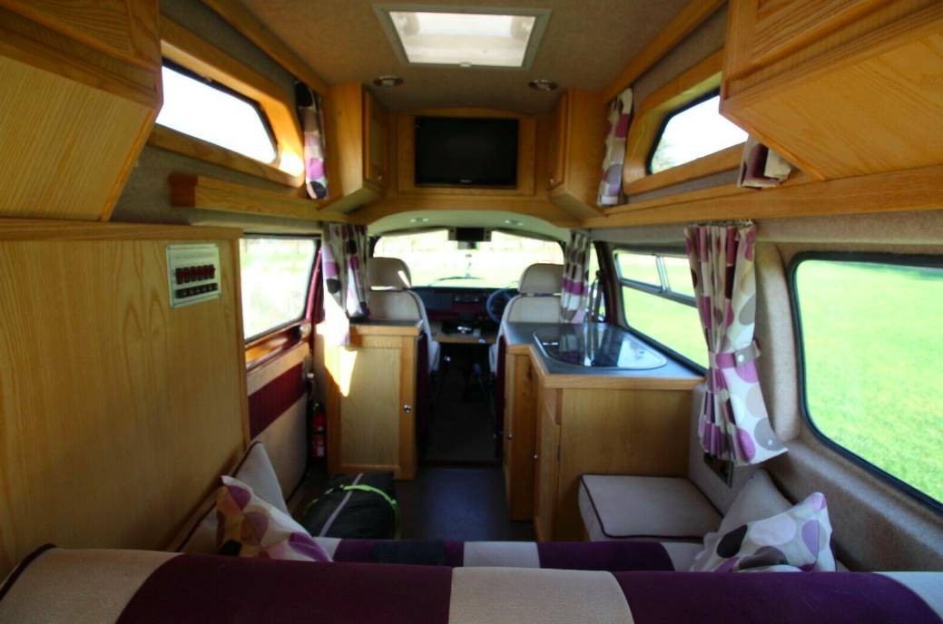VW Palomino view to the front cab